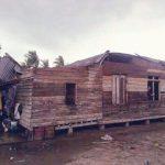 Akibat Angin Puting Beliung Empat Rumah Di Meranti Rusak Parah