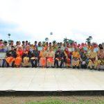 Upacara Puncak HUT Siak Ke 20, Bupati Alfedri Serahkan 103 Penghargaan