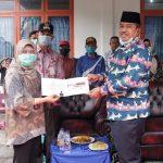 Bupati Alfedri Terima Uang Pecahan Kemerdekaan Dari Bank Indonesia