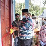 Optimalkan Layanan Kesehatan, Bupati Alfedri Resmikan Poskesdes kampung Sabak Permai