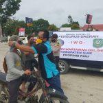 PD IWO Siak Gandeng Camat Lubuk Dalam,Polsek Lubuk Dalam Bagi -Bagi Masker Kepada Masyarakat
