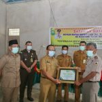 Pemkab Siak serahkan 21 Sertipikat Taskin di Kampung Teluk Rimba.
