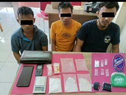 Hendak Edarkan Narkoba 3 Orang Pria Berhasil Dibekuk Satuan Reserse Narkoba Polres Siak.